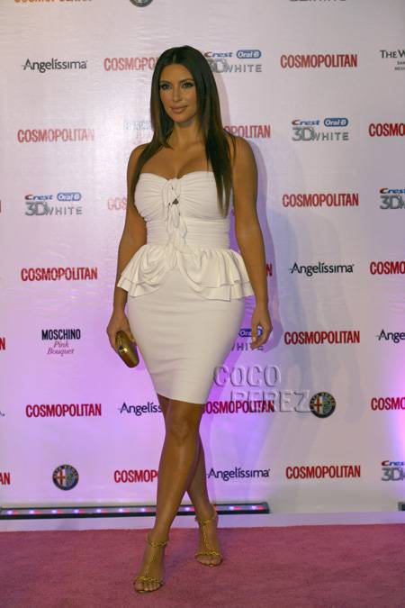 kim-kardashian-cosmopolitan-magazine-in-spanish-40th-anniversary.jpg