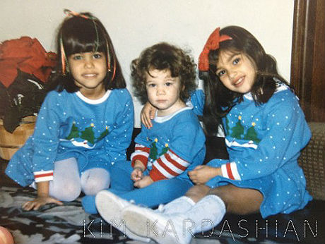 Kim Kardashian Kourtney Khloe Kardashian Christmas Olds School 1982