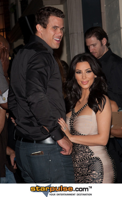 Kim Kardashian and Kris Humphries-JPA-000447.jpg